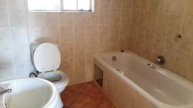 Witpoortjie property to rent. Ref No: 3286077. Picture no 8