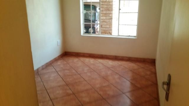 Witpoortjie property to rent. Ref No: 3286077. Picture no 6