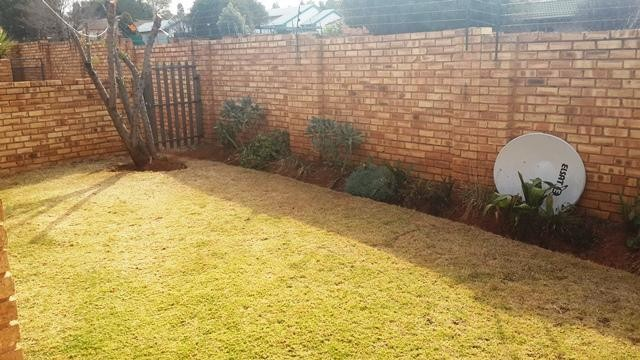 Witpoortjie property to rent. Ref No: 3286077. Picture no 10