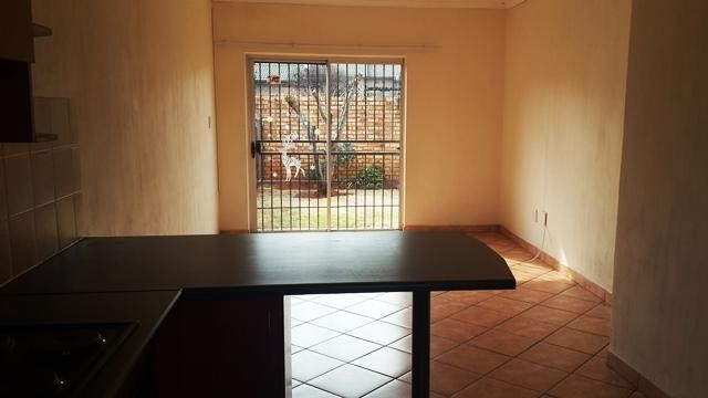 Witpoortjie property to rent. Ref No: 3286077. Picture no 3