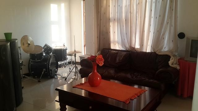 Radiokop property to rent. Ref No: 3304631. Picture no 9