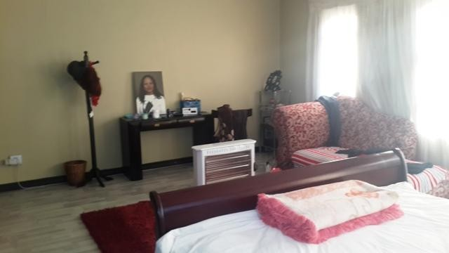 Radiokop property to rent. Ref No: 3304631. Picture no 8