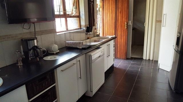 Lamermoor property to rent. Ref No: 13250108. Picture no 2