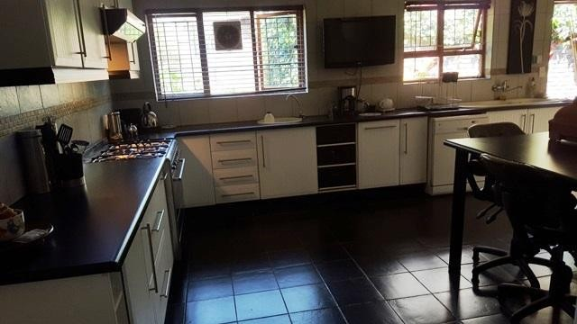 Lamermoor property to rent. Ref No: 13250108. Picture no 4
