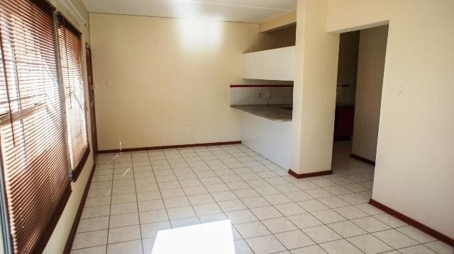 Helderkruin property to rent. Ref No: 13250395. Picture no 4