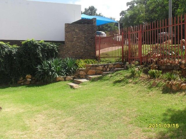 Roodepoort, Quellerina Property  | Houses To Rent Quellerina, Quellerina, House 3 bedrooms property to rent Price:, 12,00*
