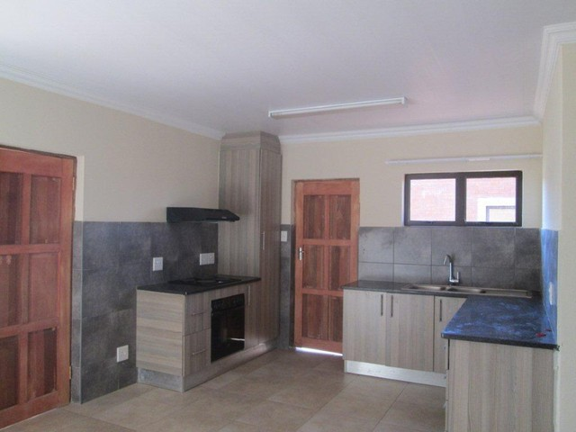 Roodepoort, Groblerpark Property  | Houses To Rent Groblerpark, Groblerpark, Townhouse 2 bedrooms property to rent Price:,  6,50*