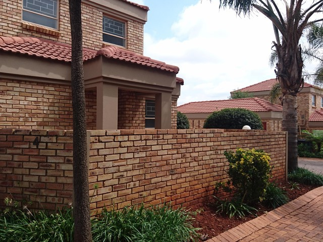 Roodepoort, Ruimsig Property  | Houses To Rent Ruimsig, Ruimsig, Duplex 3 bedrooms property to rent Price:, 10,00*