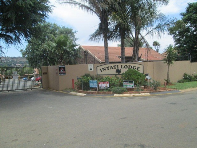 Roodepoort, Allens Nek Property  | Houses To Rent Allens Nek, Allens Nek, Townhouse 2 bedrooms property to rent Price:,  7,00*