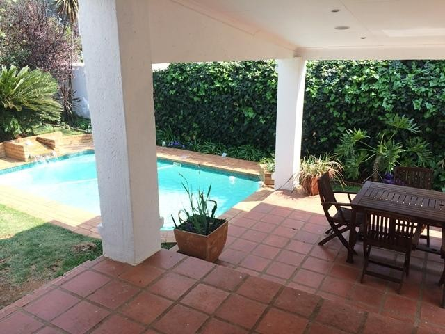 Lonehill property to rent. Ref No: 13386087. Picture no 7