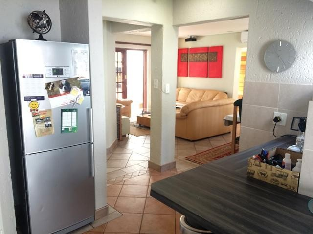 Lonehill property to rent. Ref No: 13386087. Picture no 13
