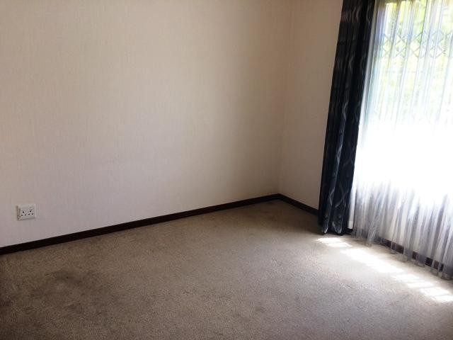 Radiokop property to rent. Ref No: 13396889. Picture no 14