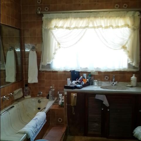 Rangeview property to rent. Ref No: 13402153. Picture no 23