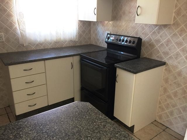 Radiokop property to rent. Ref No: 13396889. Picture no 7