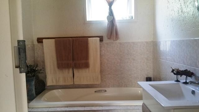 Bromhof property to rent. Ref No: 13402152. Picture no 10