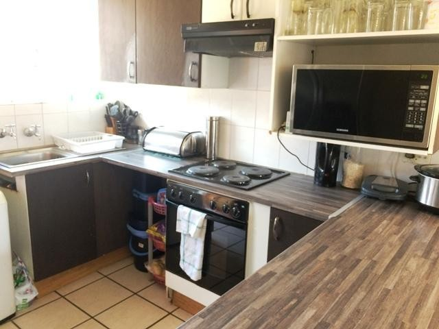 Lindhaven property to rent. Ref No: 13397888. Picture no 2