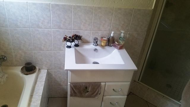 Bromhof property to rent. Ref No: 13402152. Picture no 11