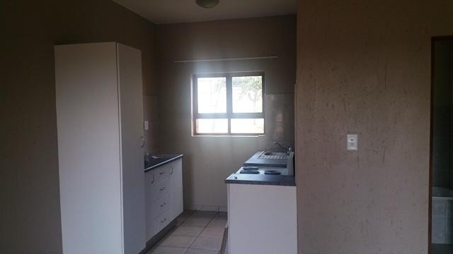 Amorosa property to rent. Ref No: 13294912. Picture no 6