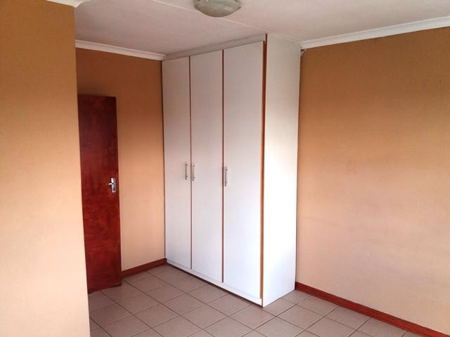 Lindhaven property to rent. Ref No: 13386088. Picture no 9