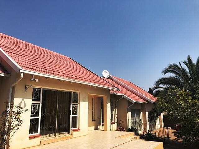 Roodepoort, Roodekrans Property    Houses To Rent Roodekrans, Roodekrans, House 3 bedrooms property to rent Price:, 12,00*
