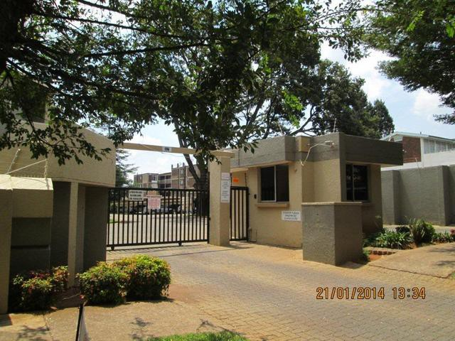 Roodepoort, Roodepoort Property  | Houses For Sale Roodepoort, Roodepoort, Apartment 2 bedrooms property for sale Price:450,000