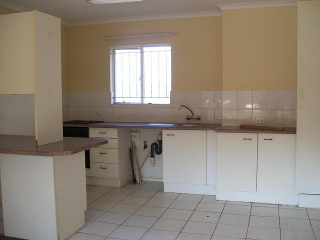 Roodekrans property to rent. Ref No: 13393373. Picture no 4