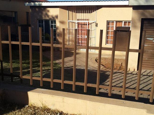 Roodepoort, Roodepoort Property  | Houses To Rent Roodepoort, Roodepoort, House 3 bedrooms property to rent Price:,  7,00*