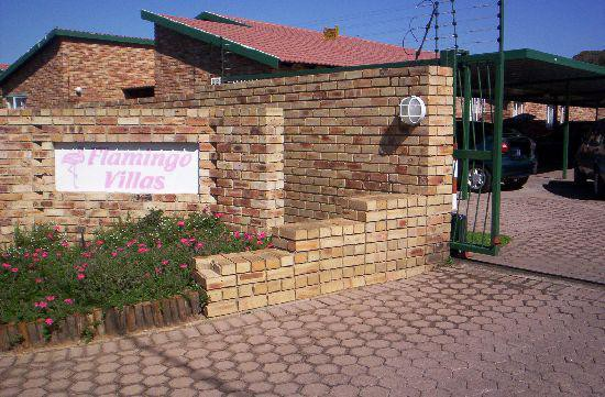 Roodepoort, Groblerpark Property    Houses To Rent Groblerpark, Groblerpark, Simplex 3 bedrooms property to rent Price:,  5,00*