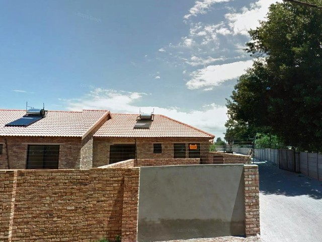 Roodepoort, Groblerpark Property    Houses To Rent Groblerpark, Groblerpark, Simplex 2 bedrooms property to rent Price:,  5,00*