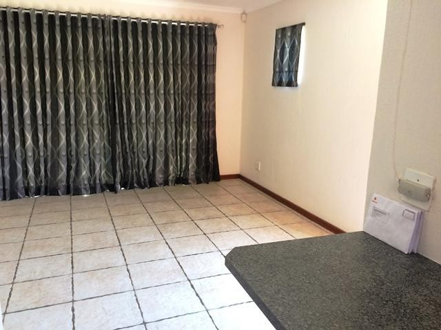 Radiokop property to rent. Ref No: 13396889. Picture no 10