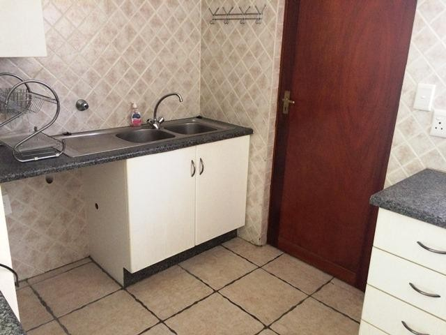 Radiokop property to rent. Ref No: 13396889. Picture no 8