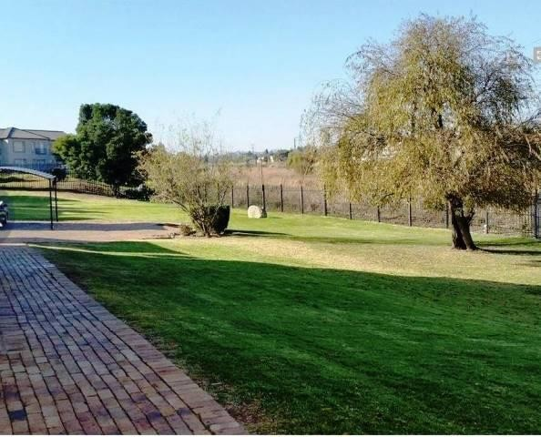Roodepoort, Wilgeheuwel Property  | Houses To Rent Wilgeheuwel, Wilgeheuwel, Apartment 2 bedrooms property to rent Price:,  5,99*