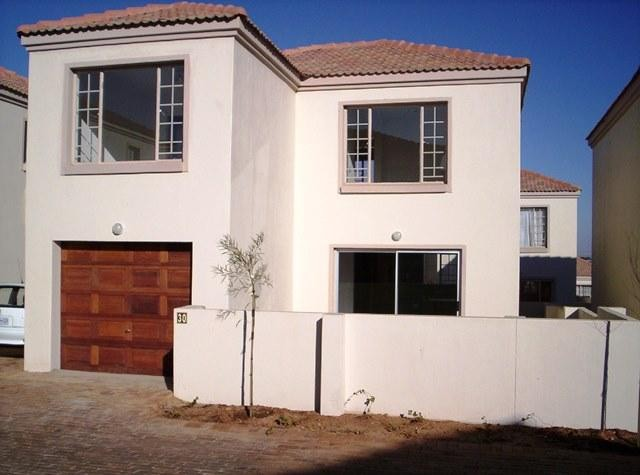 Roodepoort, Groblerpark Property  | Houses To Rent Groblerpark, Groblerpark, Townhouse 3 bedrooms property to rent Price:,  7,00*
