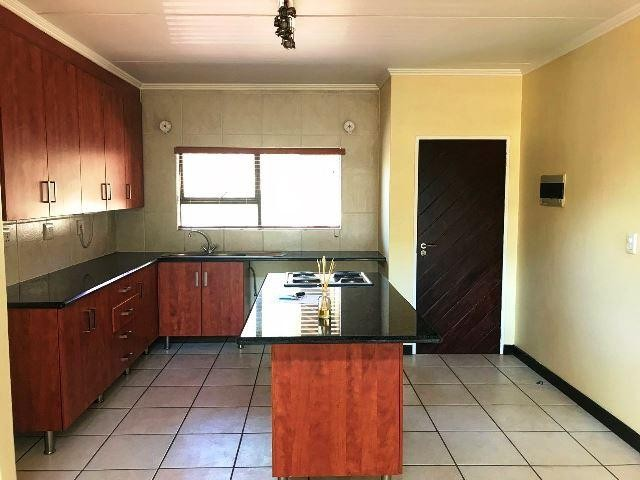 Sunninghill property to rent. Ref No: 13551499. Picture no 5