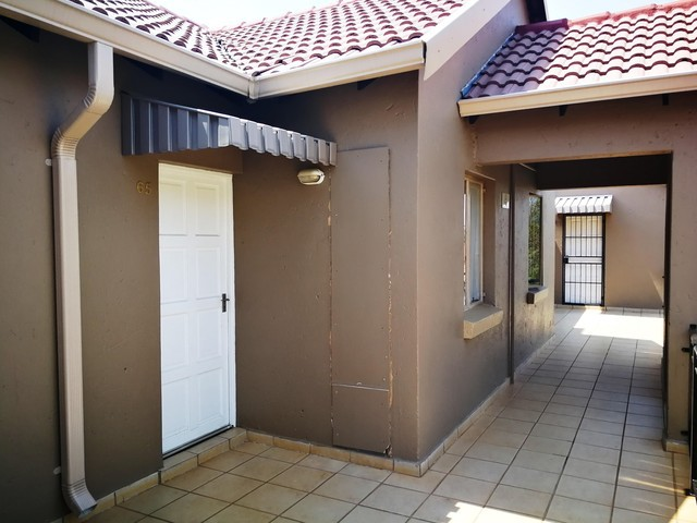 Roodepoort, Ruimsig Property  | Houses To Rent Ruimsig, Ruimsig, Apartment 1 bedrooms property to rent Price:,  6,00*